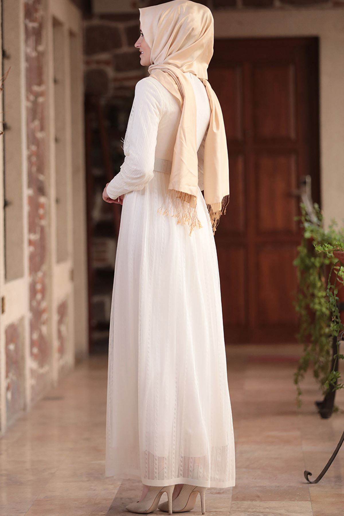 Amine Hüma - Ceylan Elbise Ekru