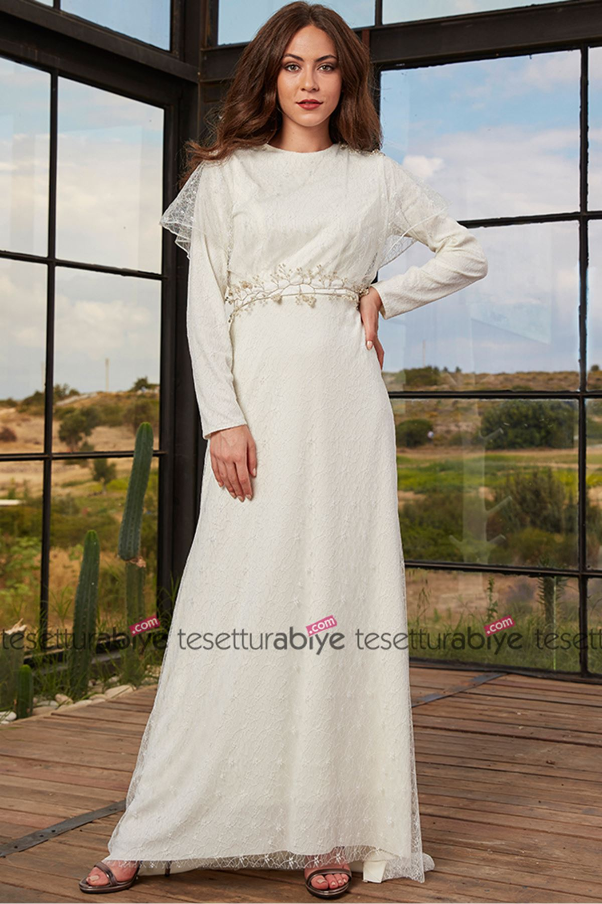 İzgi Evening Dress Ecru
