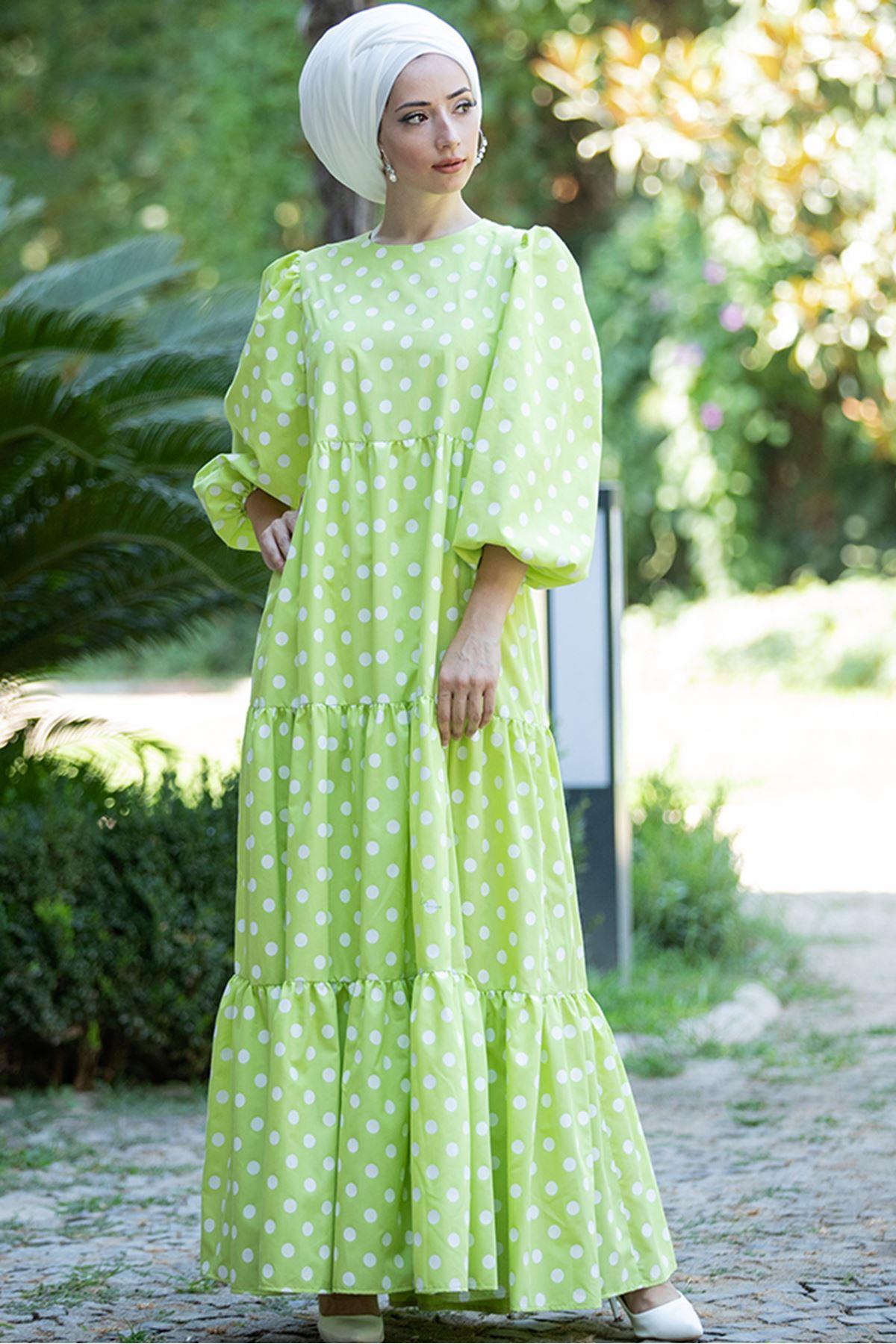 Puantiyeli Yeşil Elbise